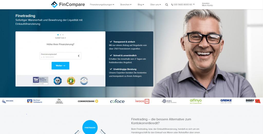 Die Website von FinCompare.